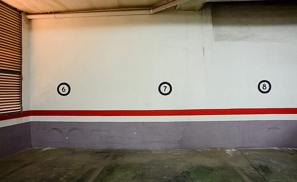 1-garaje-del-apartamento-la-rana-de-salamanca