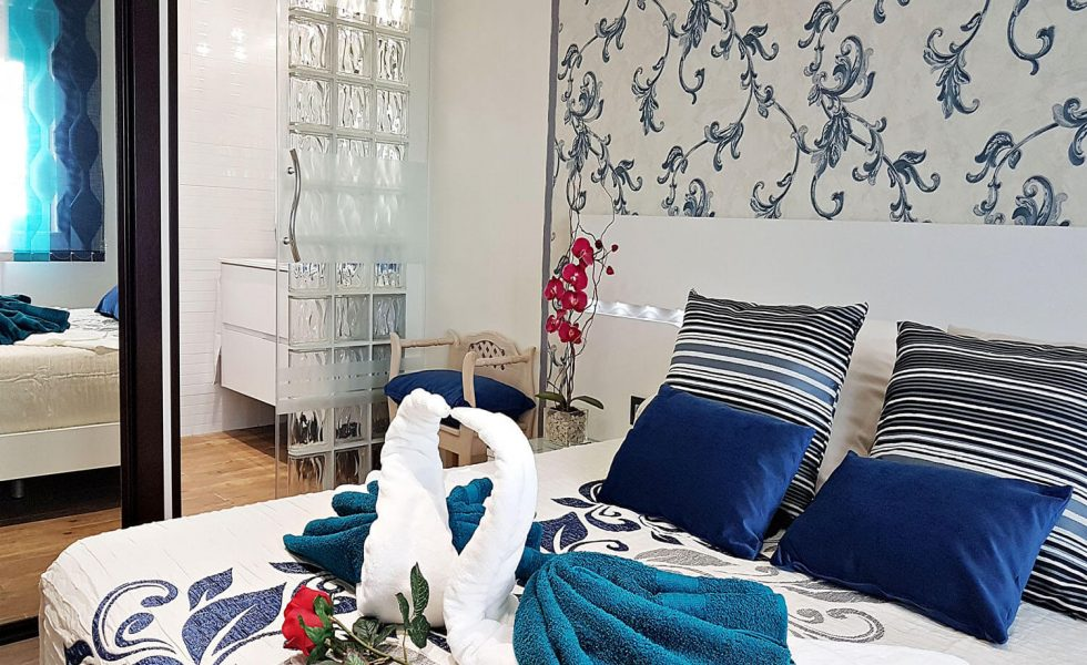 27-detalle-toallas-con-formas-de-cisne-apartamento-la-rana