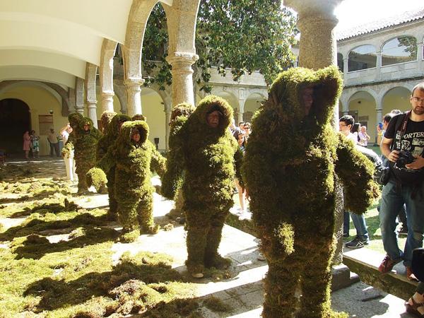 Los hombres de musgo de Bejar, sin duda, una de las 10 tradiciones más antiguas y representativas de salamanca.